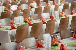 sala weselna w trakcie ślubnego przyjęcia