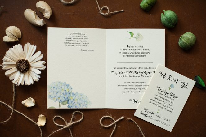 zaproszenie-rustykalne-kwiaty-hortensje
