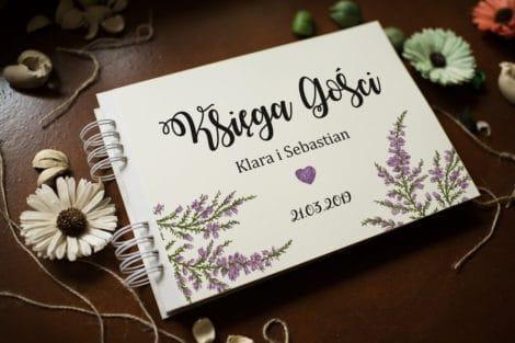 nietypowa-ksiega-gosci-rustykalna-kwiaty-wrzosy