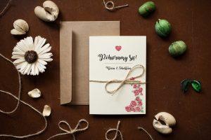 zaproszenie rustykalne różyczki