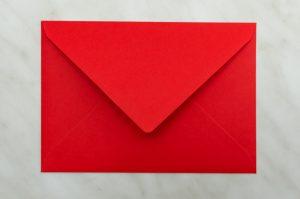 koperta-krzyzowa-c6-czerwona-10-szt-zaproszen-slubnych-kopia