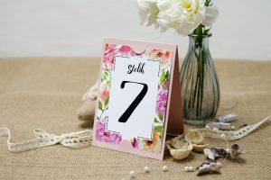 numer-stolika-rozowy-boho-floral-rozowe