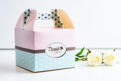 podziekowania-dla-gosci-weselnych-ozdobne-pudelko-na-ciasto-wzor-13
