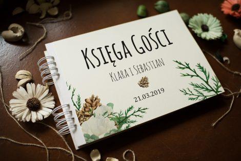 nietypowa-ksiega-gosci-rustykalna-zimowa-roze-i-sukulenty